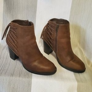 SM New York Brown Ankle Boots Size 7
